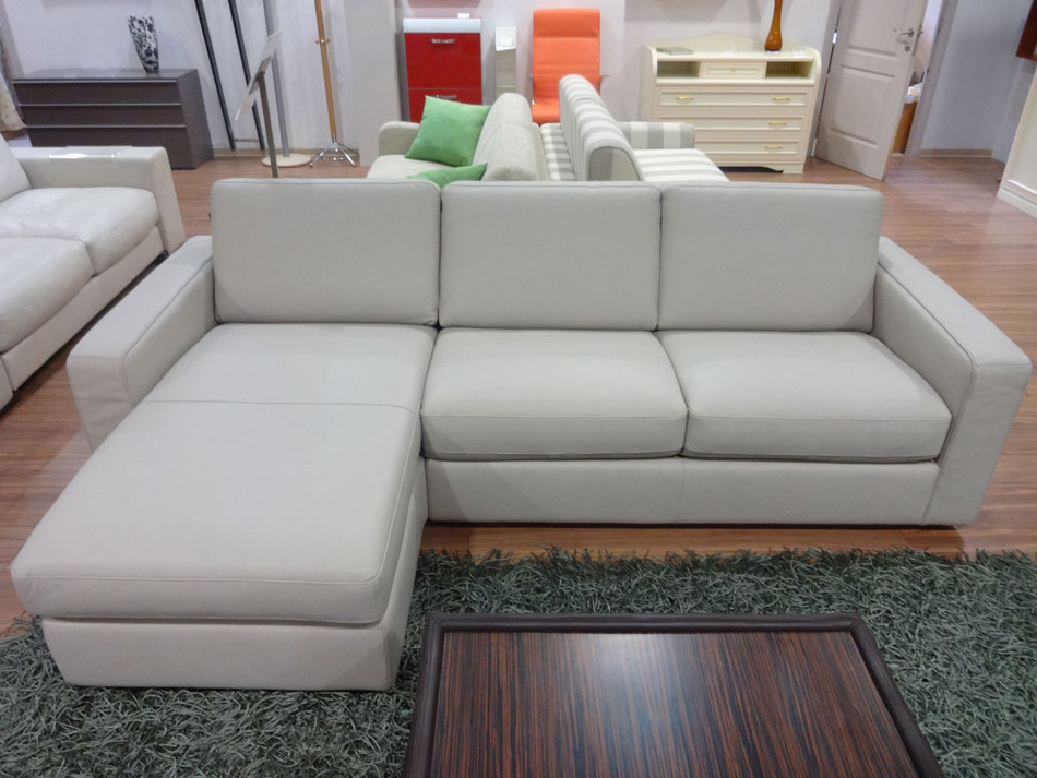 B 764 leather sectional sofa bed natuzzi editions for Sofa bed store