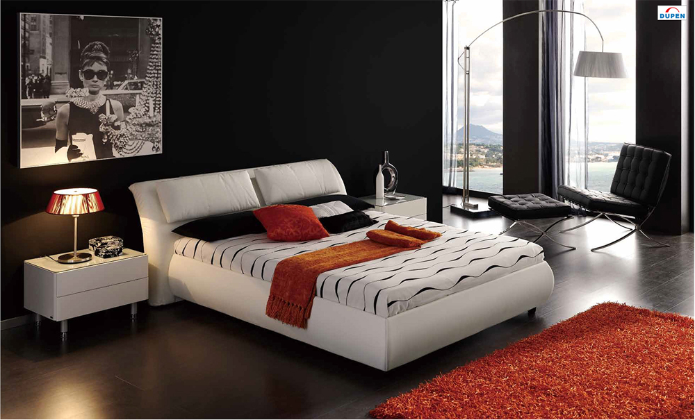 615 Meg Bedroom Furniture Set