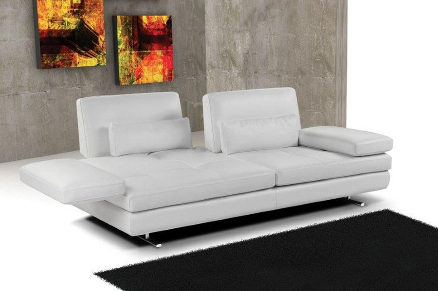 Charmant One Of Nicolettiu0027s Most Innovative Pieces, The Serena Sofa Stands Upon Its  Own Sophisticated Laurels With Its Luscious Leather Exterior, ...