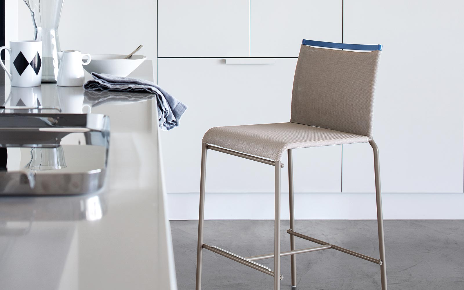 Cs 1458 web bar stool calligaris italy italmoda furniture store
