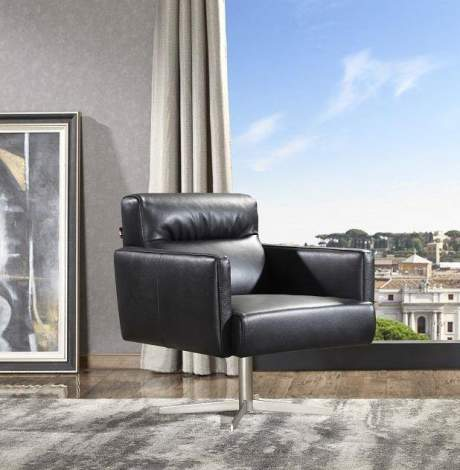 Jaeger Accent Chair